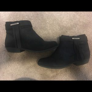Nine West girl booties